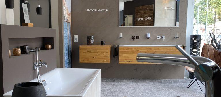 Abbildung Lumina Badausstellung Badewanne und Waschbecken